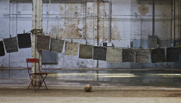 absorbeert bovendien het geluid bij stof op maat vindt u onder andere kleden van perletta carpets gefabriceerd van 100 wol en geheel samen te stellen